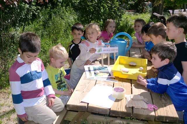 Mariposarios en los huertos escolares