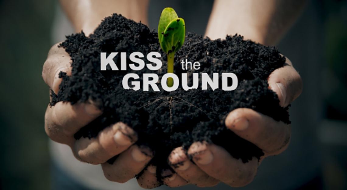 """Kiss the ground""- Besa la tierra [Documental]"